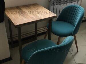 стол в кофейне дерево металл