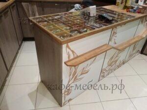 мебель длякафе стойка дерево и стекло